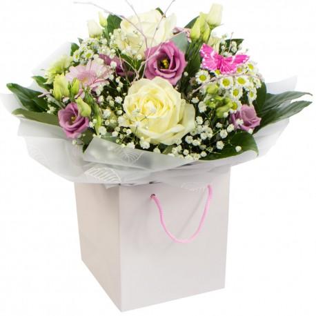 Zoe - Handtied bouquet